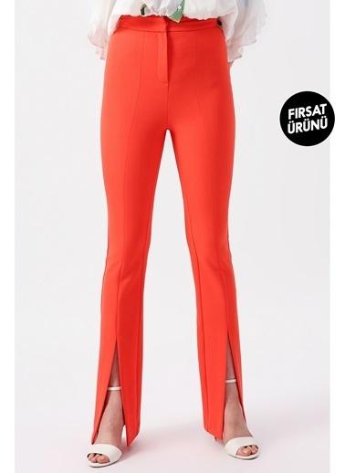 Random Kadın Kesik Detaylı Bol Paça Pantolon Mercan